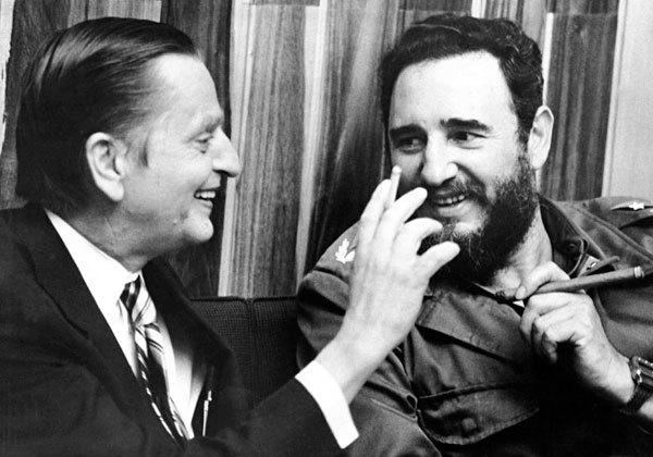 Olof Palme en La Habana con Fidel Castro.